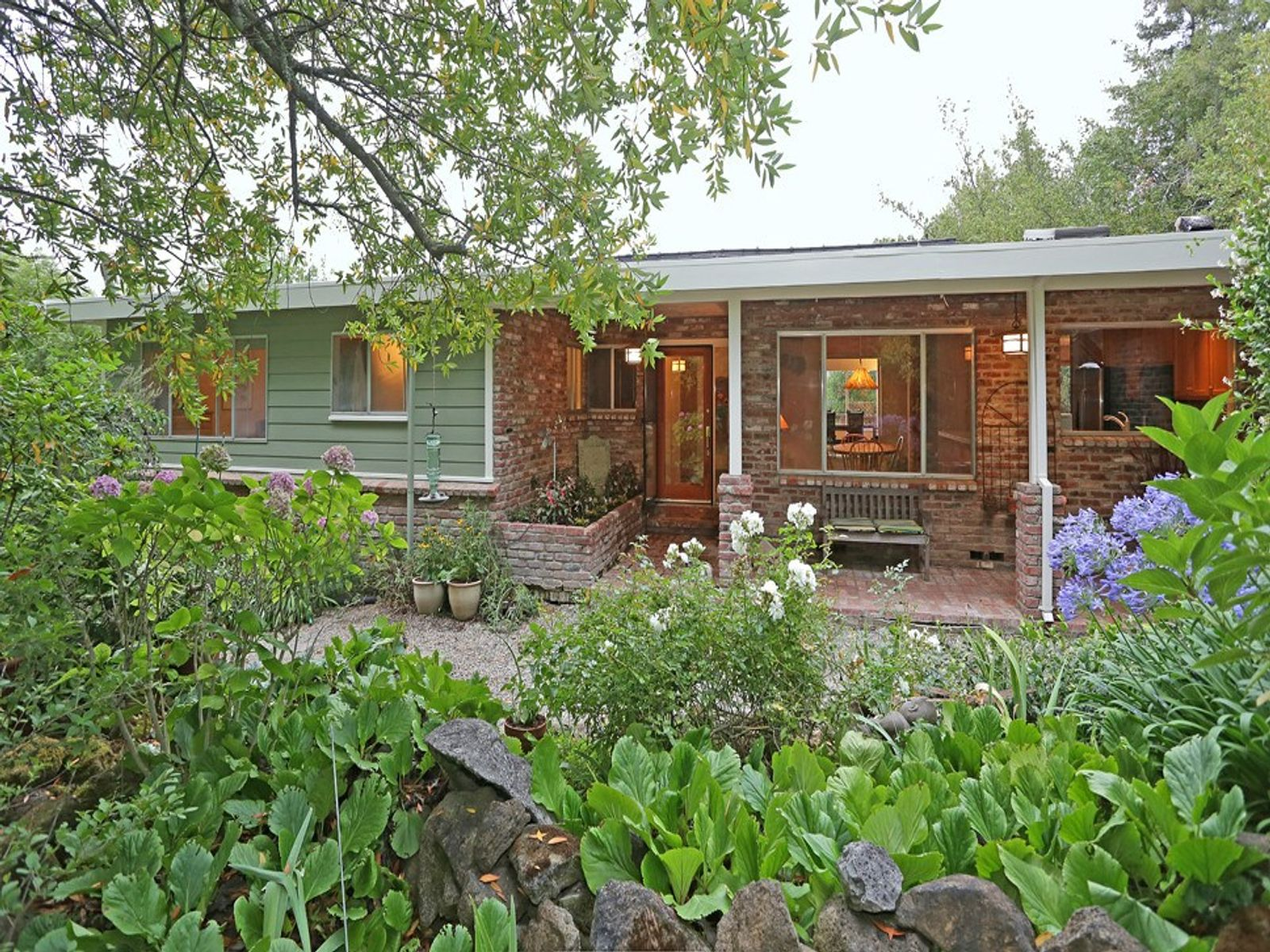 Romantic Hideaway , Penngrove CA Single Family Home - Sonoma - Napa Real Estate