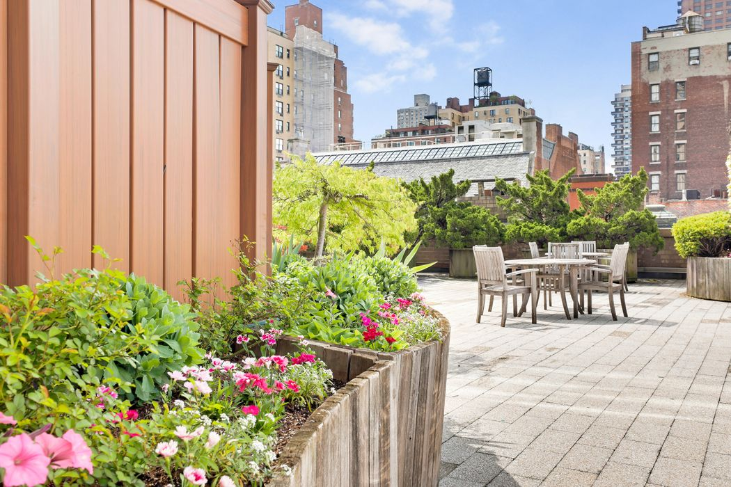 40 East 94th Street New York, NY 10128