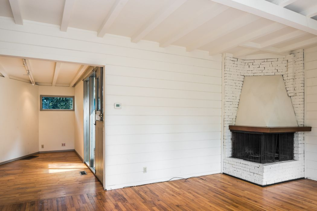 824 Lobos Street Monterey, CA 93940