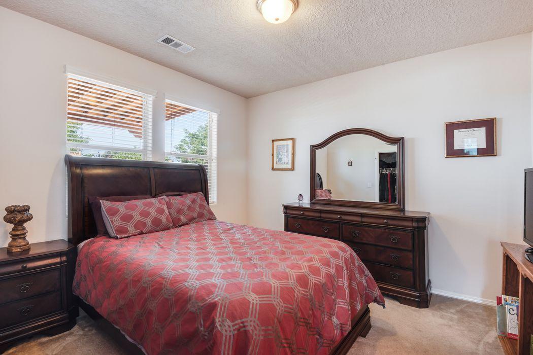 5917 Terra De Coral Santa Fe, NM 87507