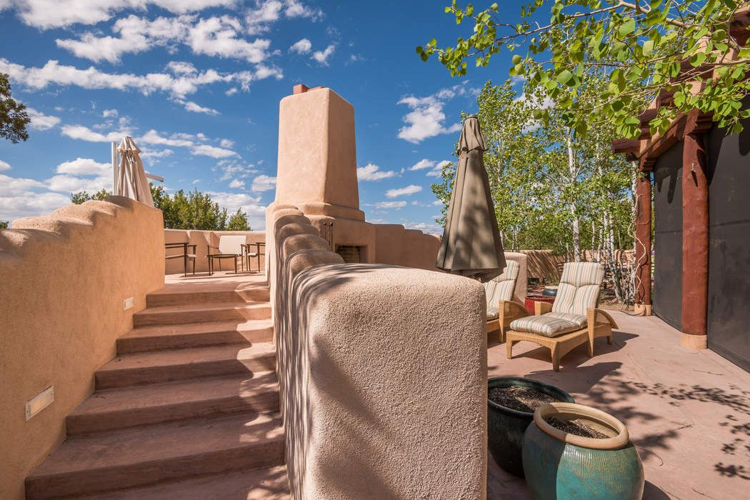 110 E Sunrise Dr Santa Fe, NM 87506
