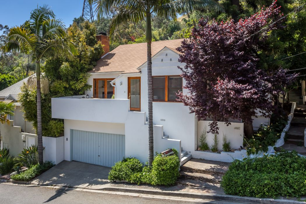 6862 Sunny Cove Hollywood, CA 90068
