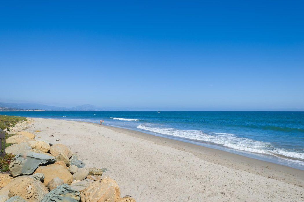 26 Seaview Dr Santa Barbara, CA 93108