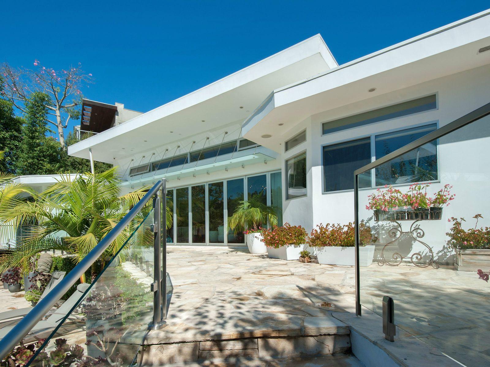 Stunning Modern Architectural