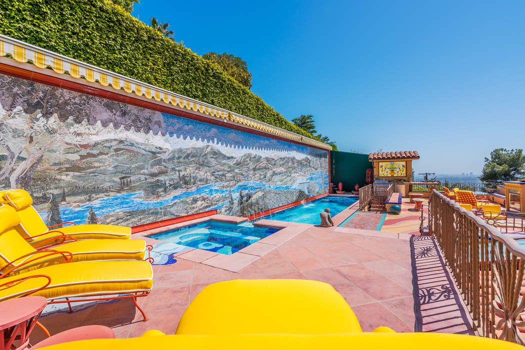 9170 Thrasher Avenue Los Angeles, CA 90069
