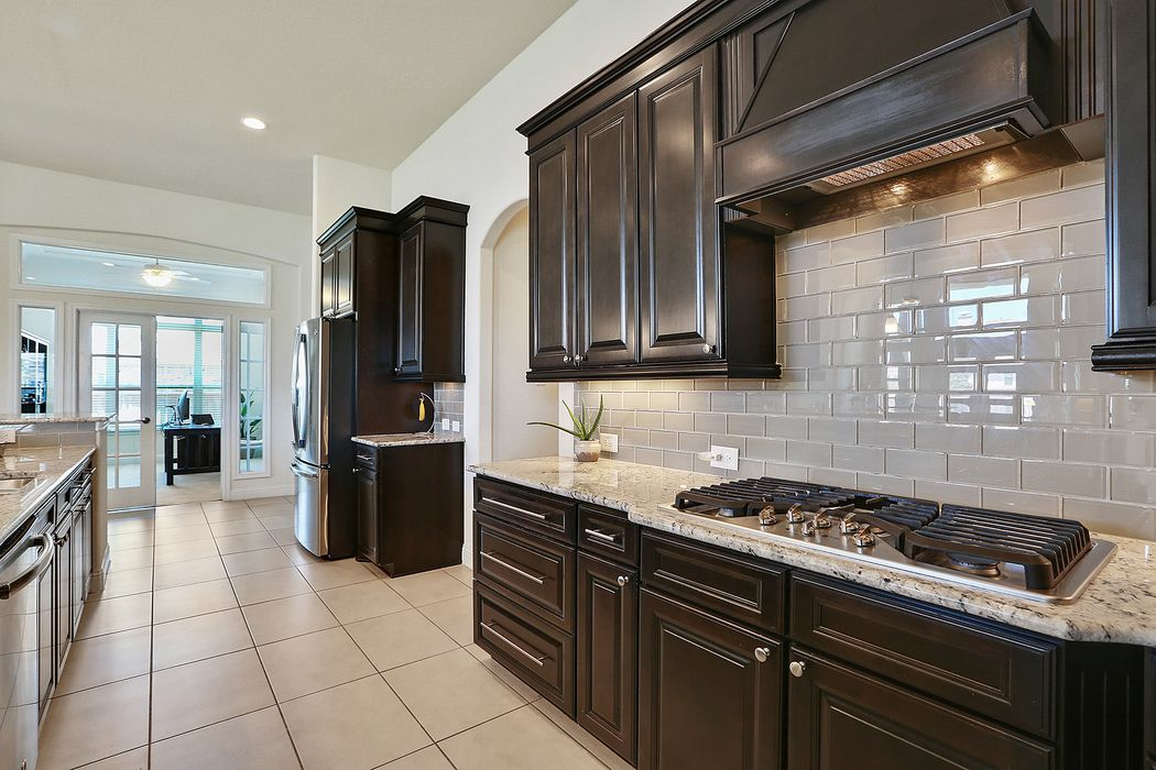 46 Lufberry Place Tomball, TX 77375