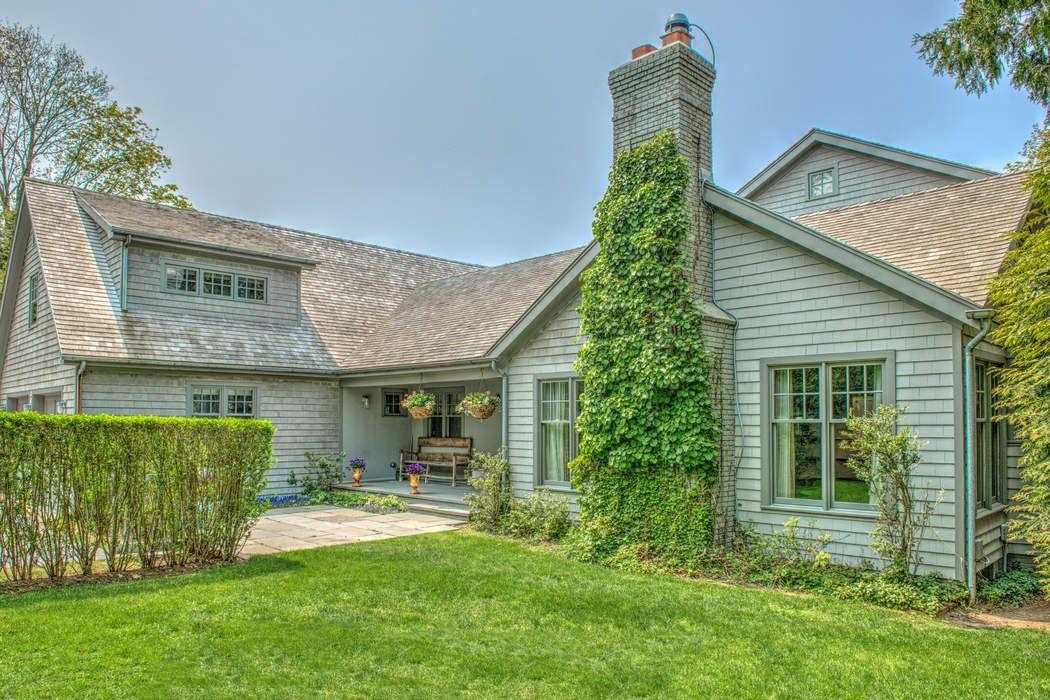 36 Hedges Ln Amagansett, NY 11930