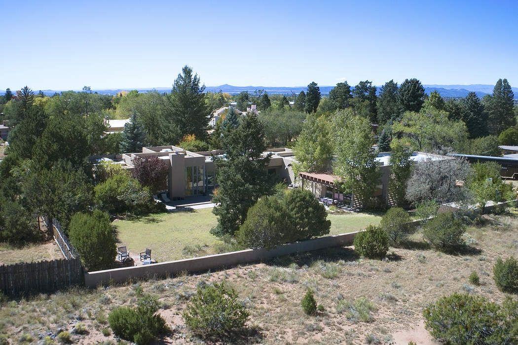 915 Old Santa Fe Trail Santa Fe, NM 87505