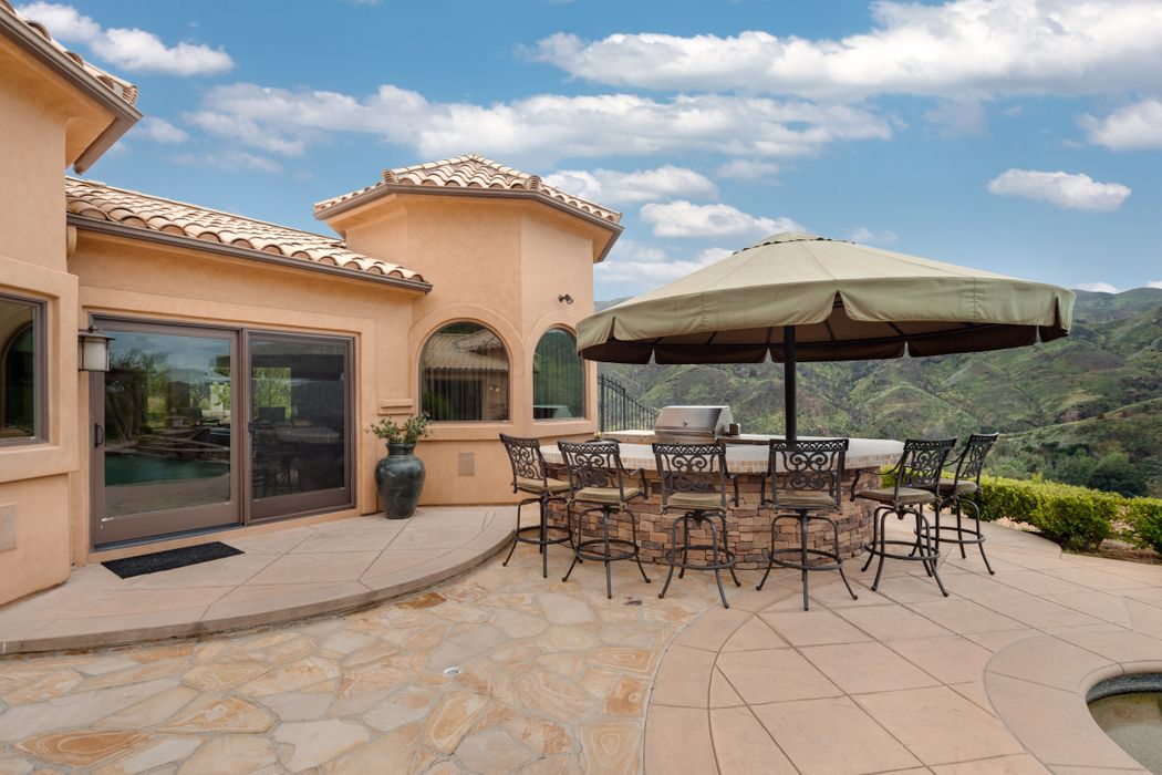 Gated And Private With Panoramic Views Agoura Hills, CA 91301