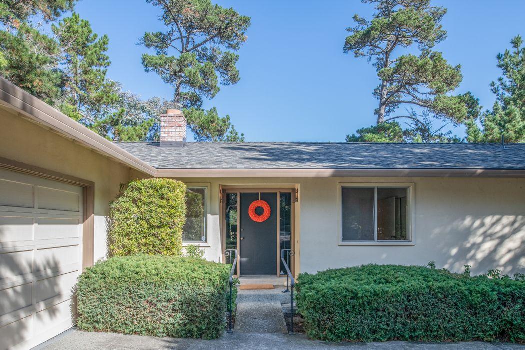 5 Pinehill Way Monterey, CA 93940