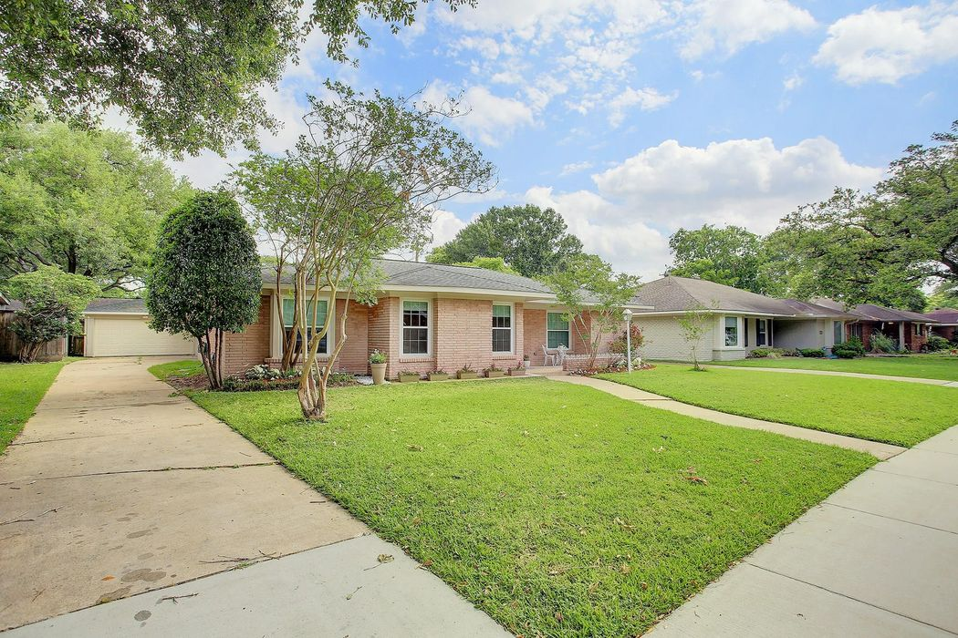 3606 Cloverdale Street Houston, TX 77025