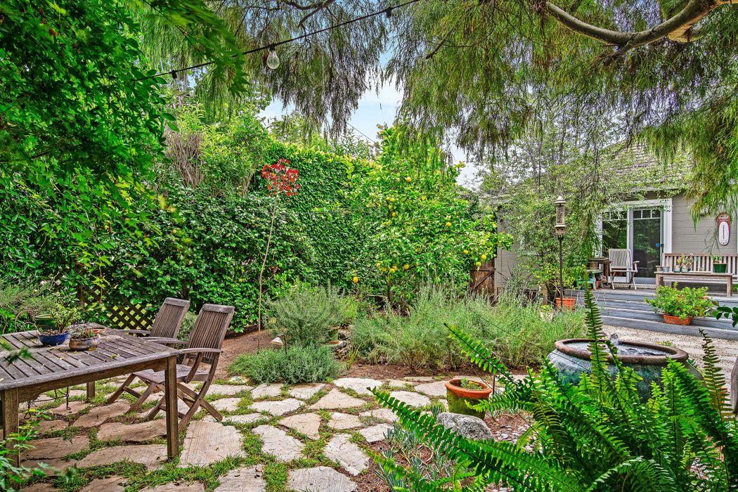 Charming Bungalow in Sunset Park Santa Monica, CA 90405
