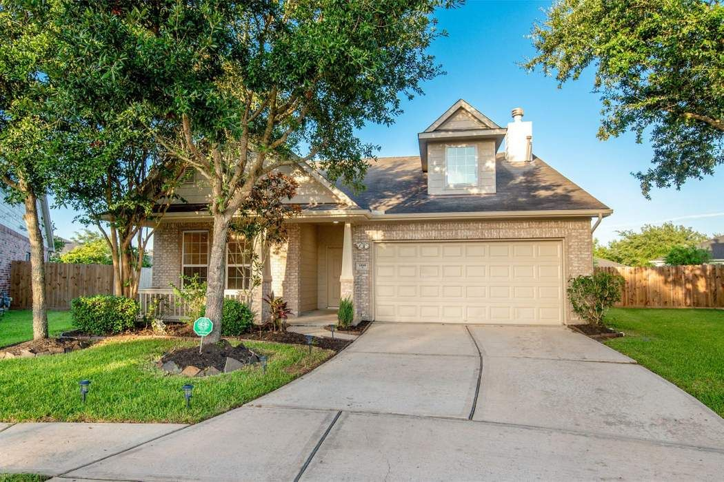 13001 Ferry Cove Lane Pearland, TX 77584