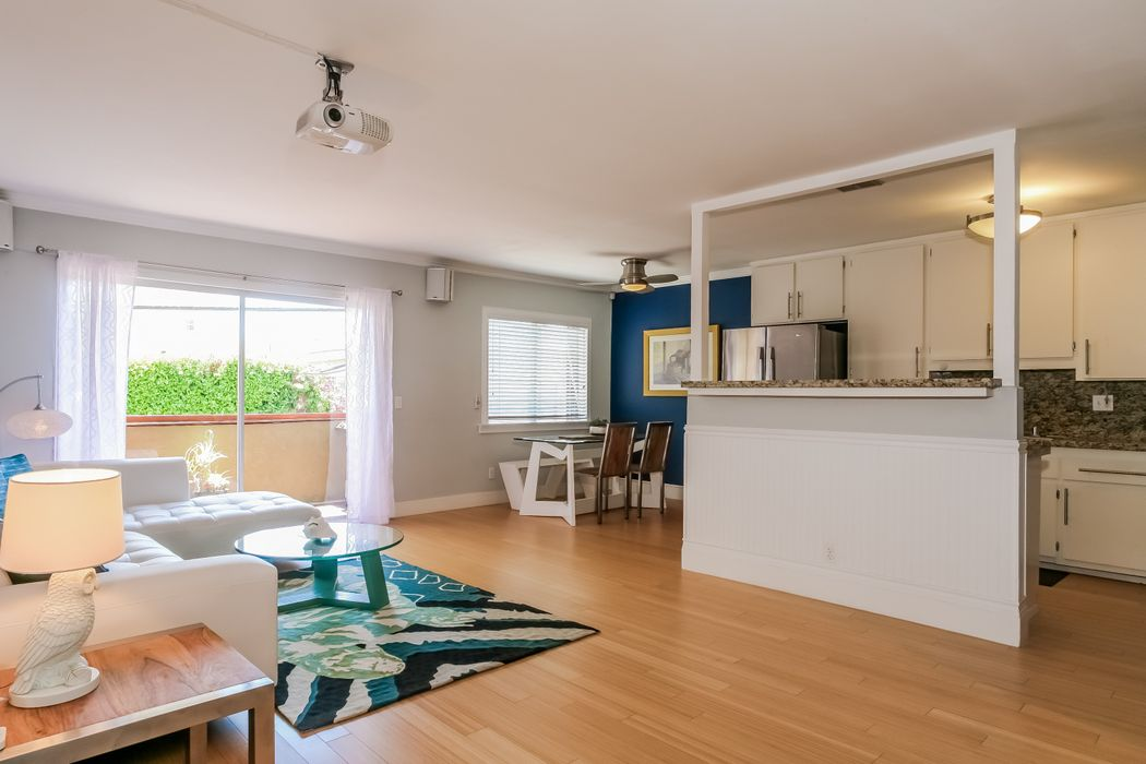 12724 Caswell Avenue Los Angeles, CA 90066
