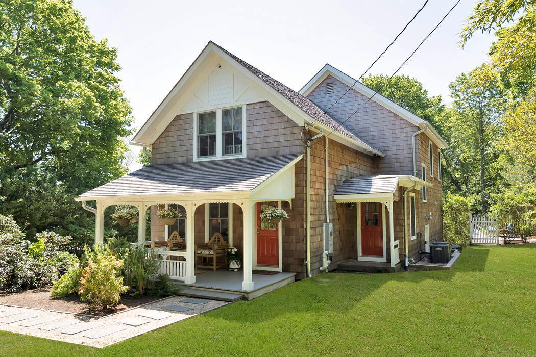 2863 Montauk Highway Bridgehampton, NY 11932