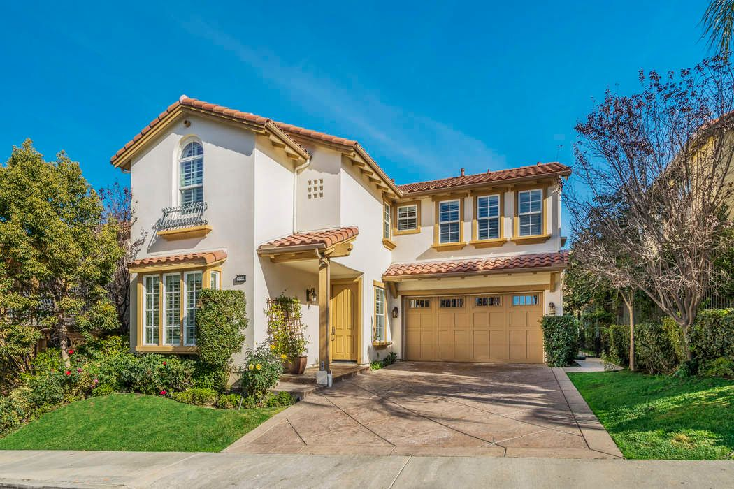 Gated Calabasas Colony View Home