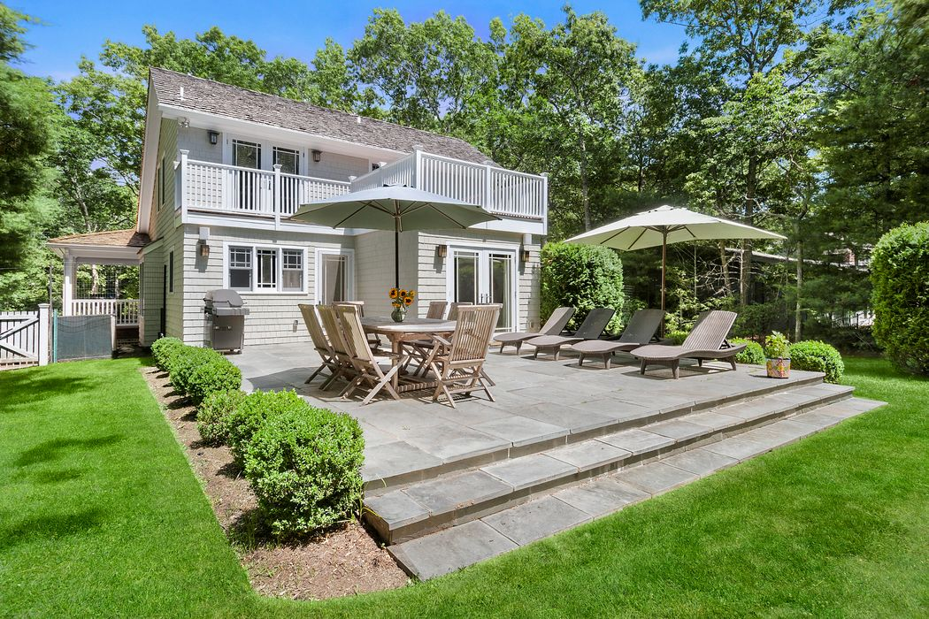 25 Oyster Pond Lane East Hampton Ny 11937 Sotheby S