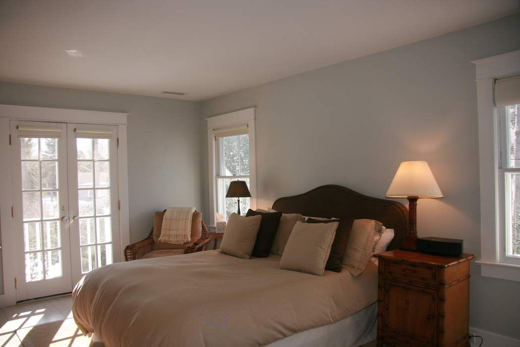 Charming Bridgehampton Village Bridgehampton, NY 11932