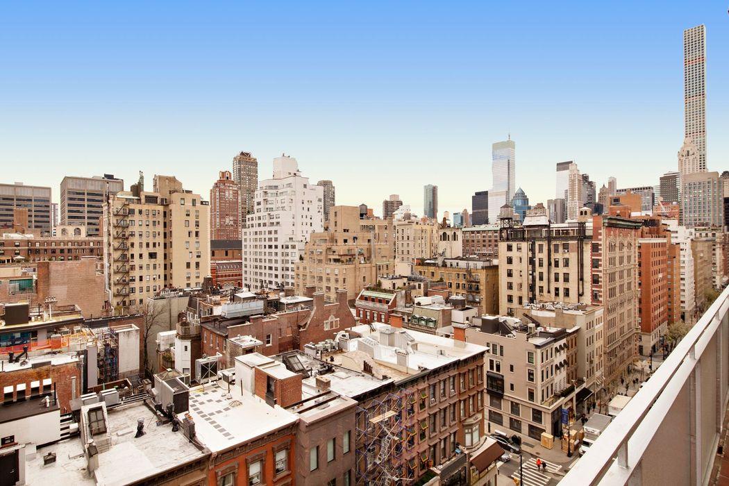 20 East 68th Street New York, NY 10065