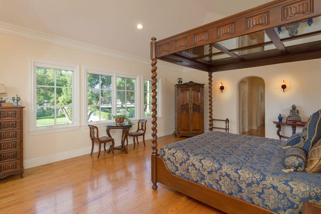 1870 San Pasqual Street Pasadena Ca 91107 Sotheby S