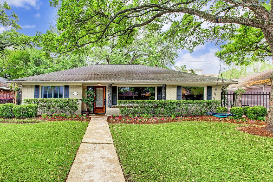 4731 Devon Street Houston, TX 77027