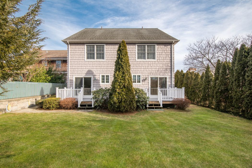 20 Lyon Avenue Greenwich, CT 06830