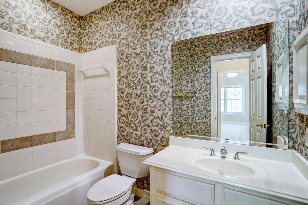 110 North Wynden Estates Court Houston, TX 77056