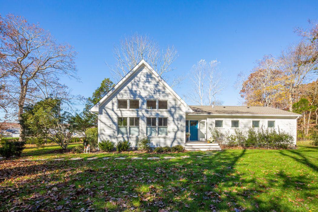 6 Three Mile Harbor Hog Creek Road East Hampton, NY 11937