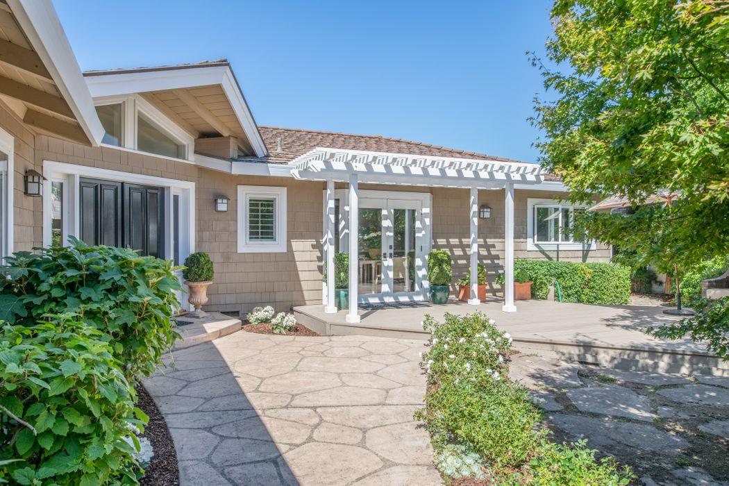 7061 Valley Green Circle Carmel, CA 93923