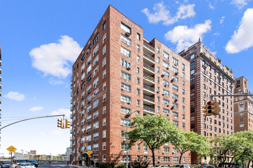33 East End Avenue New York, NY 10128