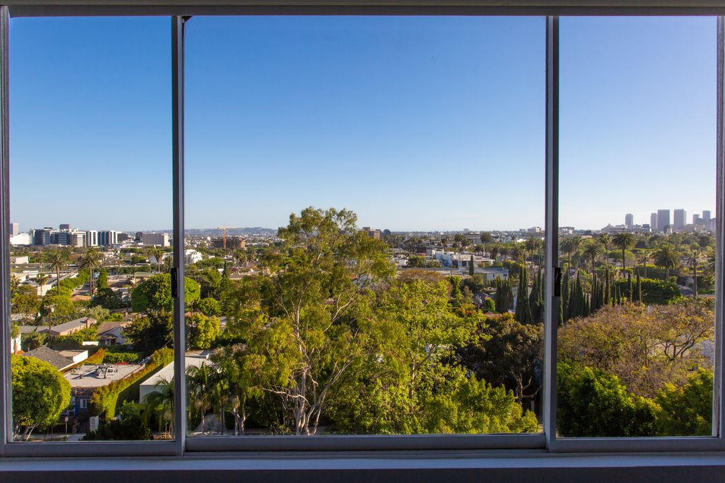 818 North Doheny Drive West Hollywood, CA 90069