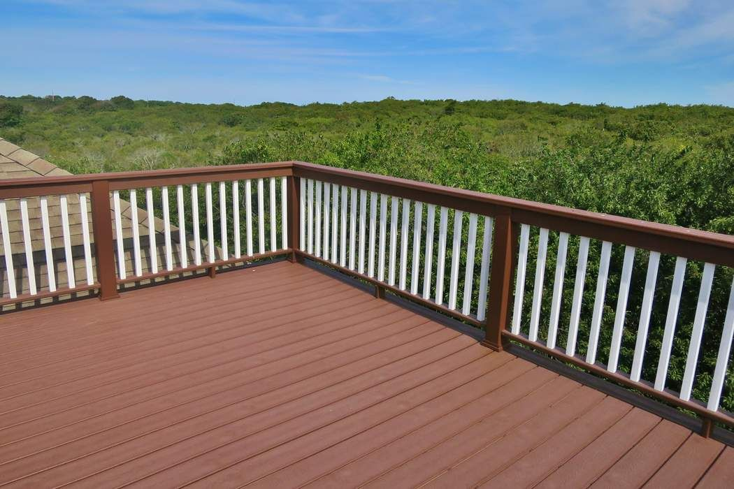 24 North Surfside Montauk, NY 11954