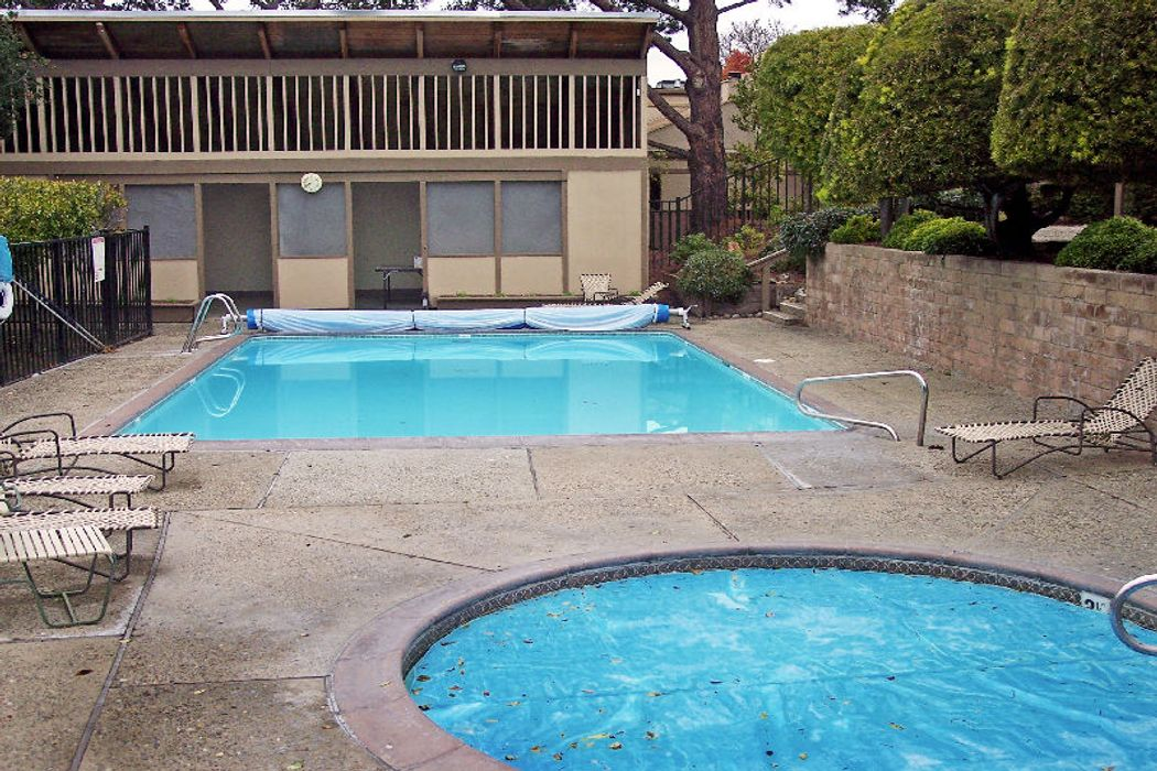 14 Montsalas Drive Monterey, CA 93940