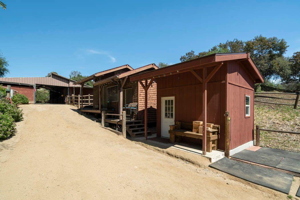 2326 Tuna Canyon Road Topanga, CA 90290