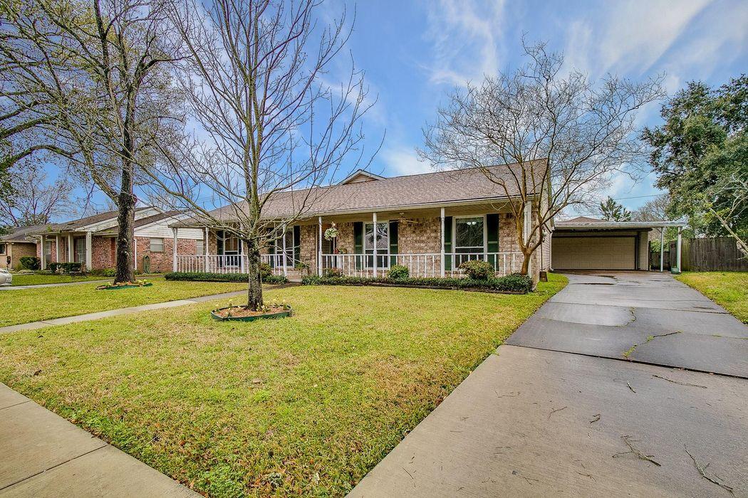 10335 Sagerock Drive Houston, TX 77089