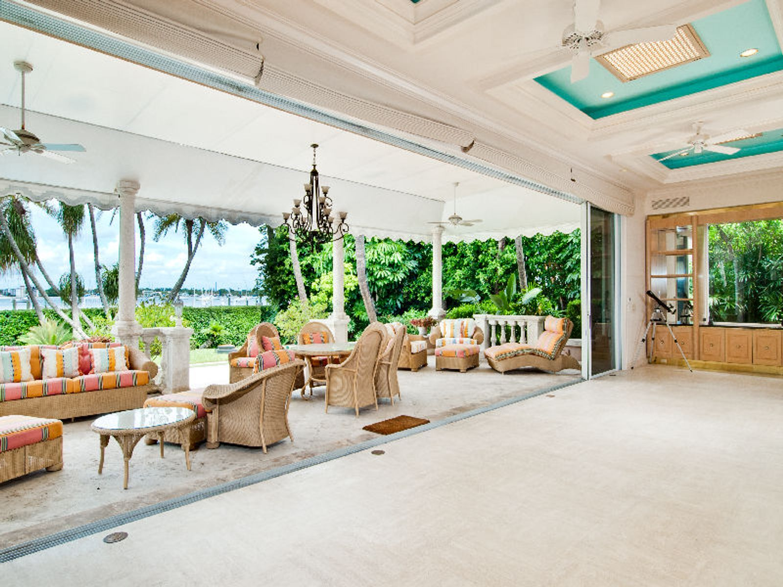 Elegant Lake Front Regency Home