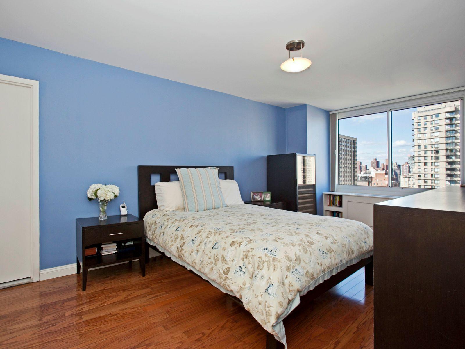 404 East 79th Street