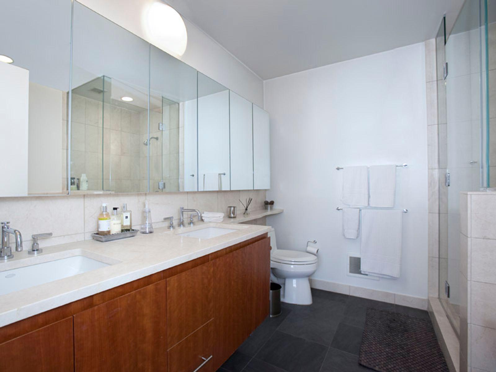 Super-sized 1-Bedroom in Soho