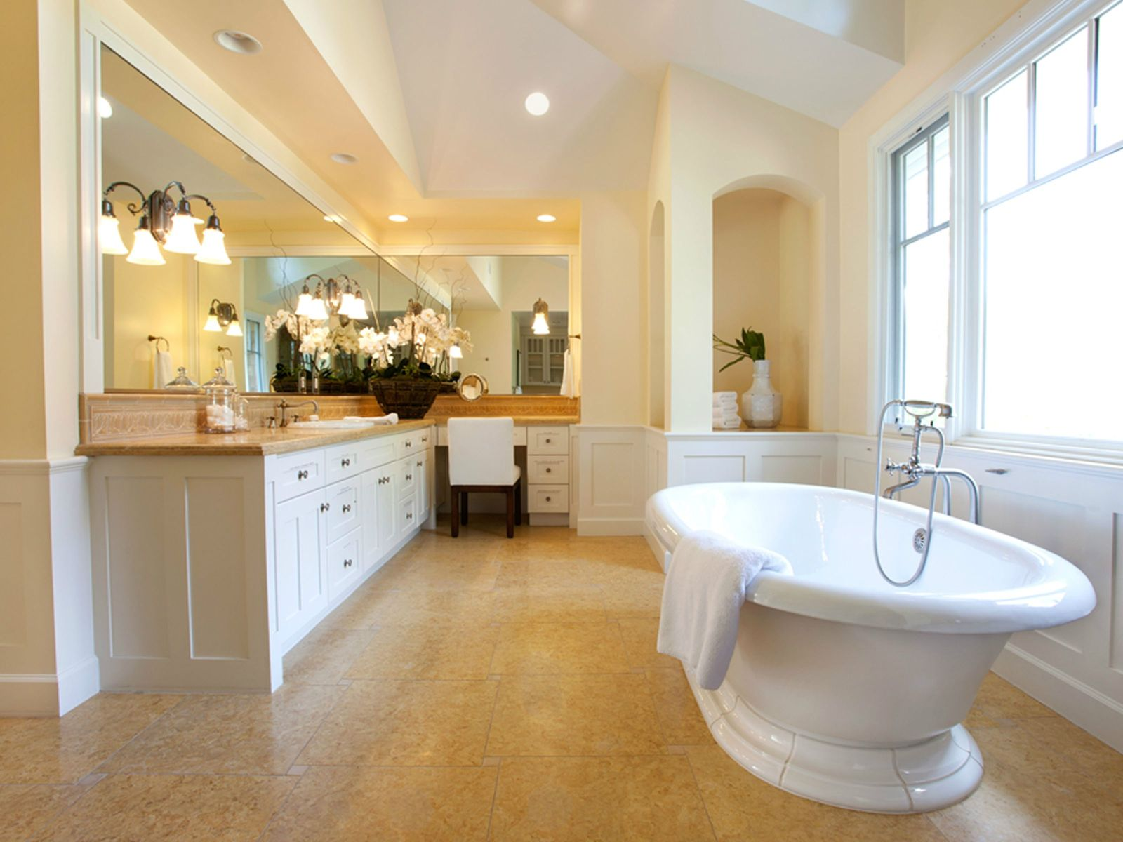 Amazing Three-level Nantucket Estate