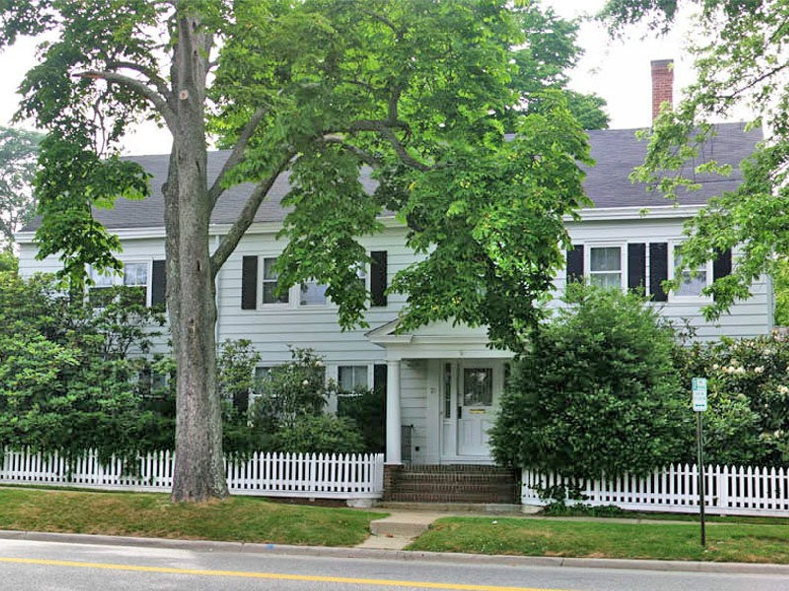 Best Village Location, East Hampton NY Single Family Home - Hamptons Real Estate