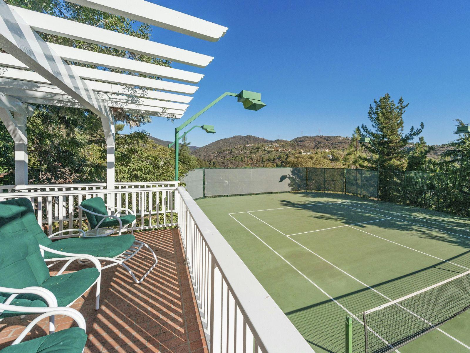 Brentwood Tennis Court Estate