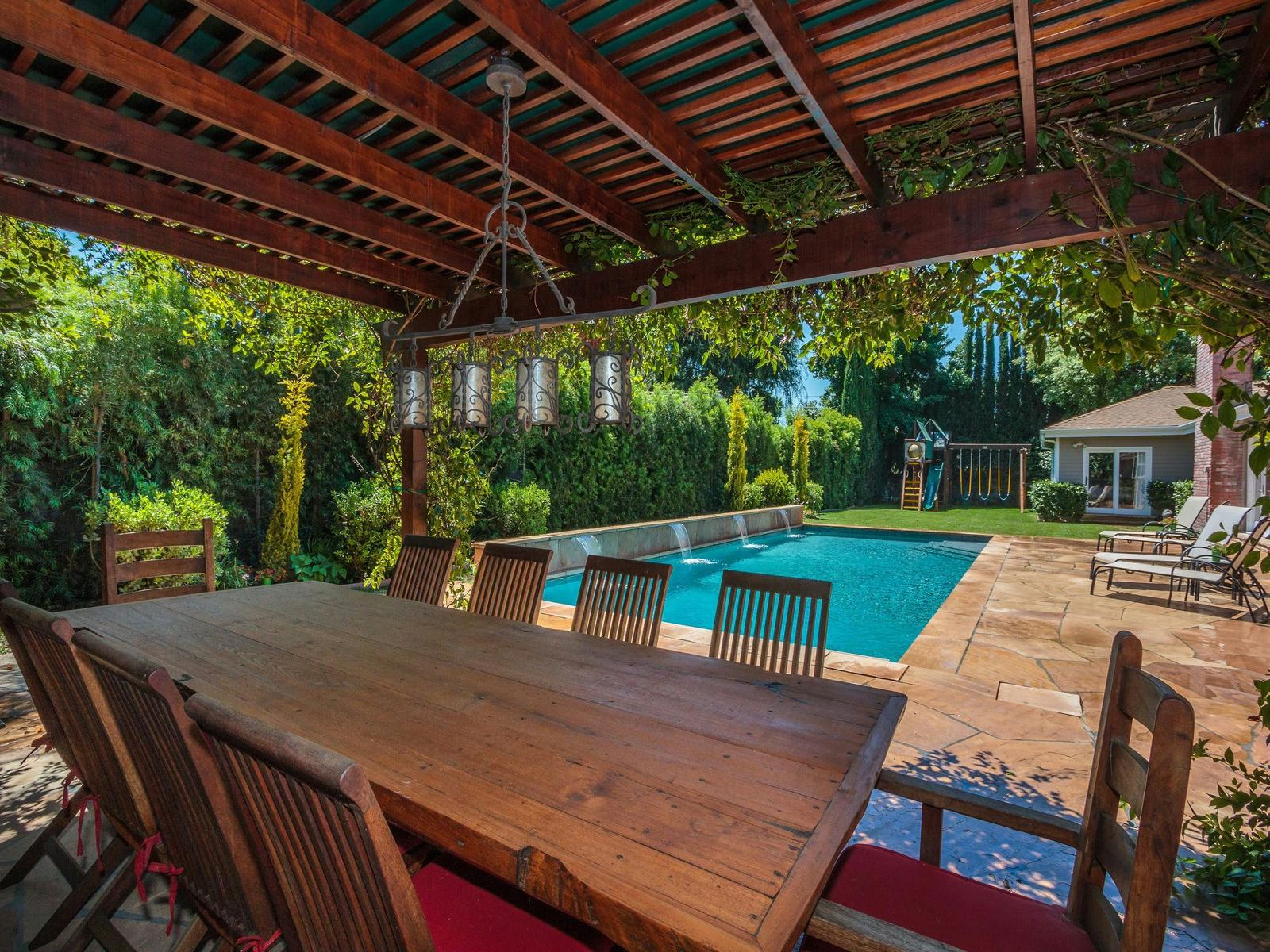 Gorgeous Traditional in Studio City