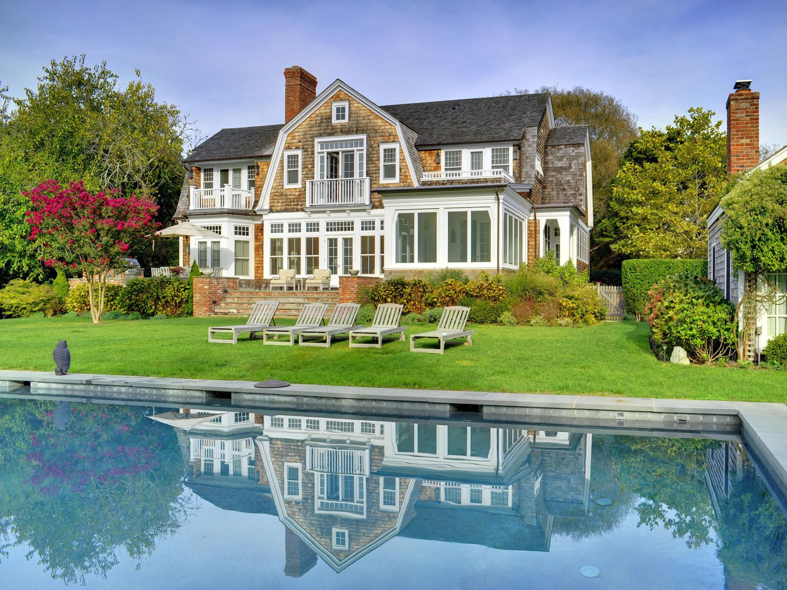 New Egypt Lane Summer Cottage, East Hampton NY Single Family Home - Hamptons Real Estate
