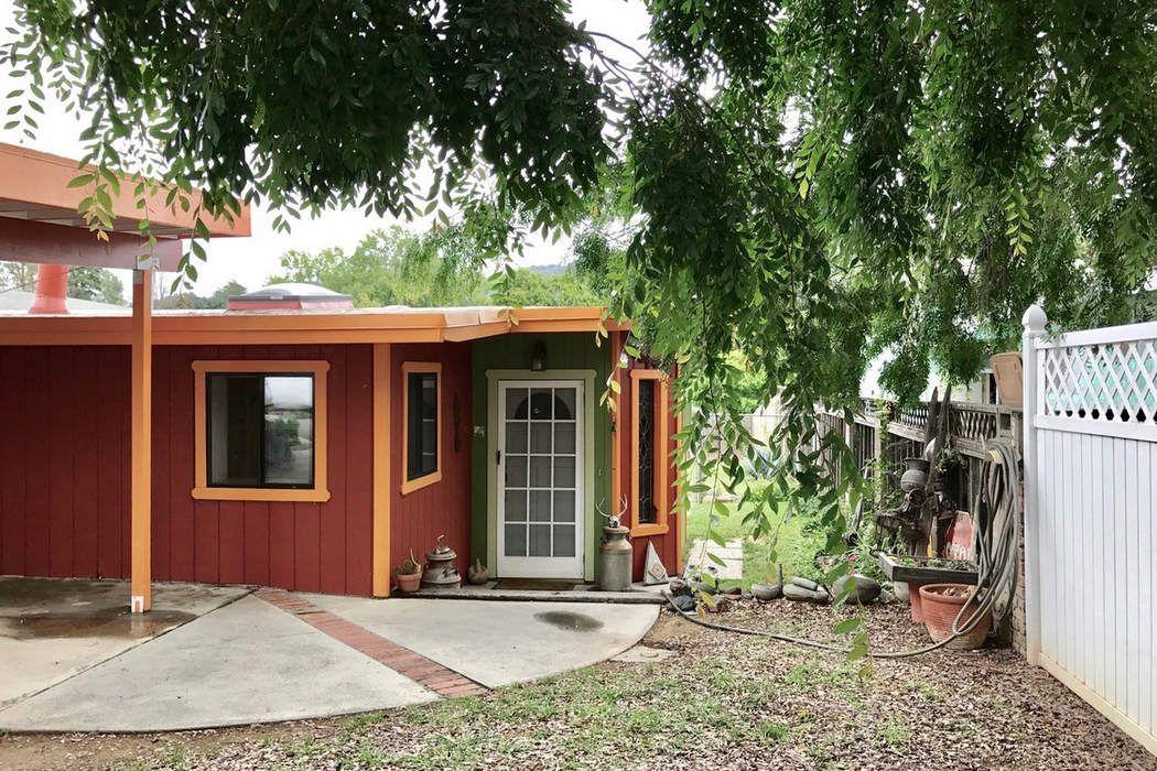 668 Spring Street Oak View, CA 93022