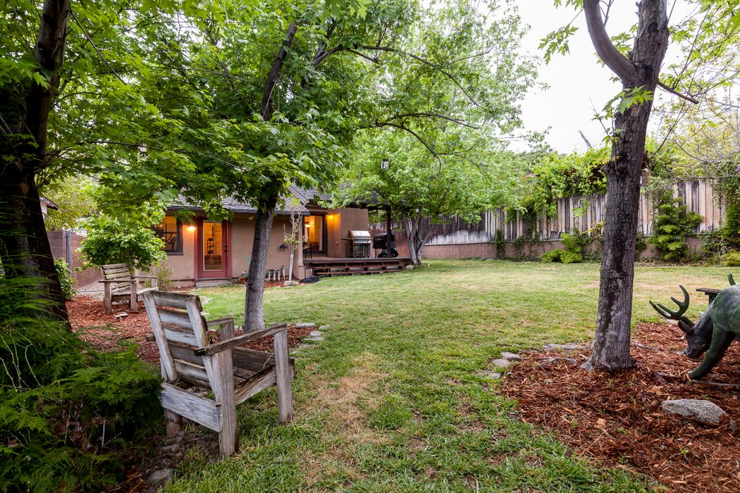 312 Grove Street Sierra Madre, CA 91024