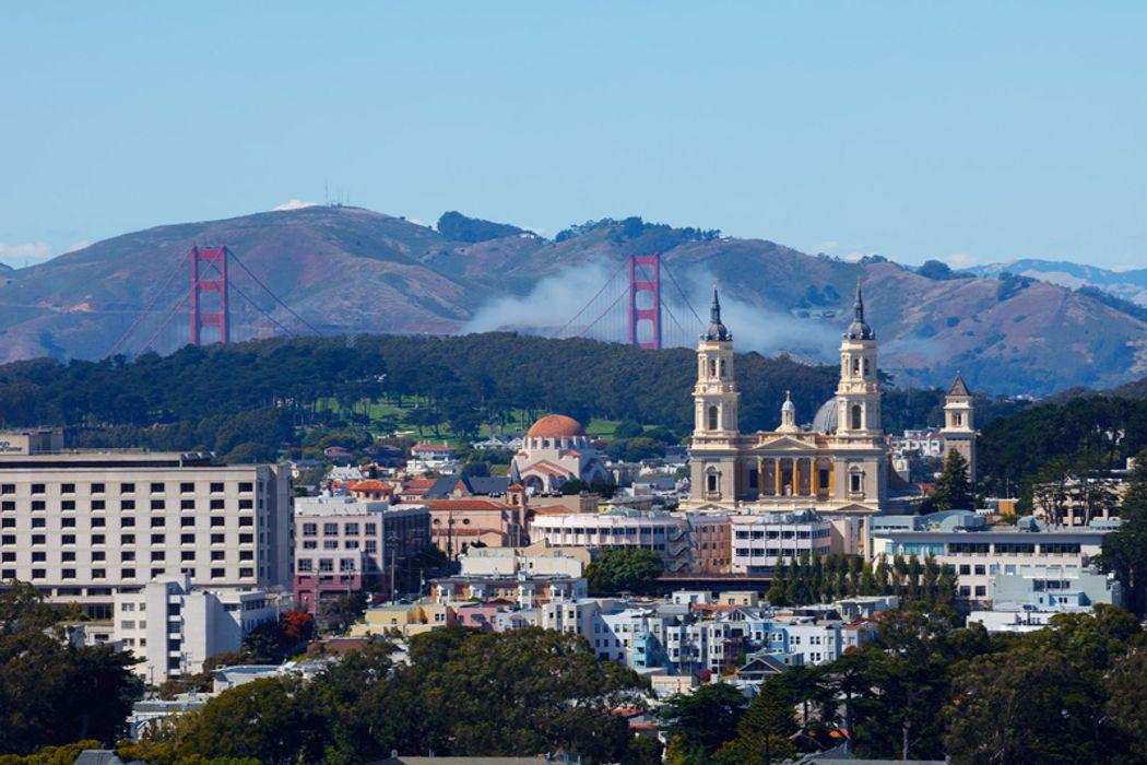 369 Upper Ter San Francisco, CA 94117