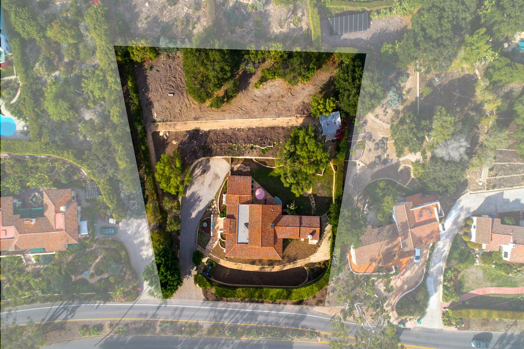 1406 Alameda Padre Serra Santa Barbara, CA 93103