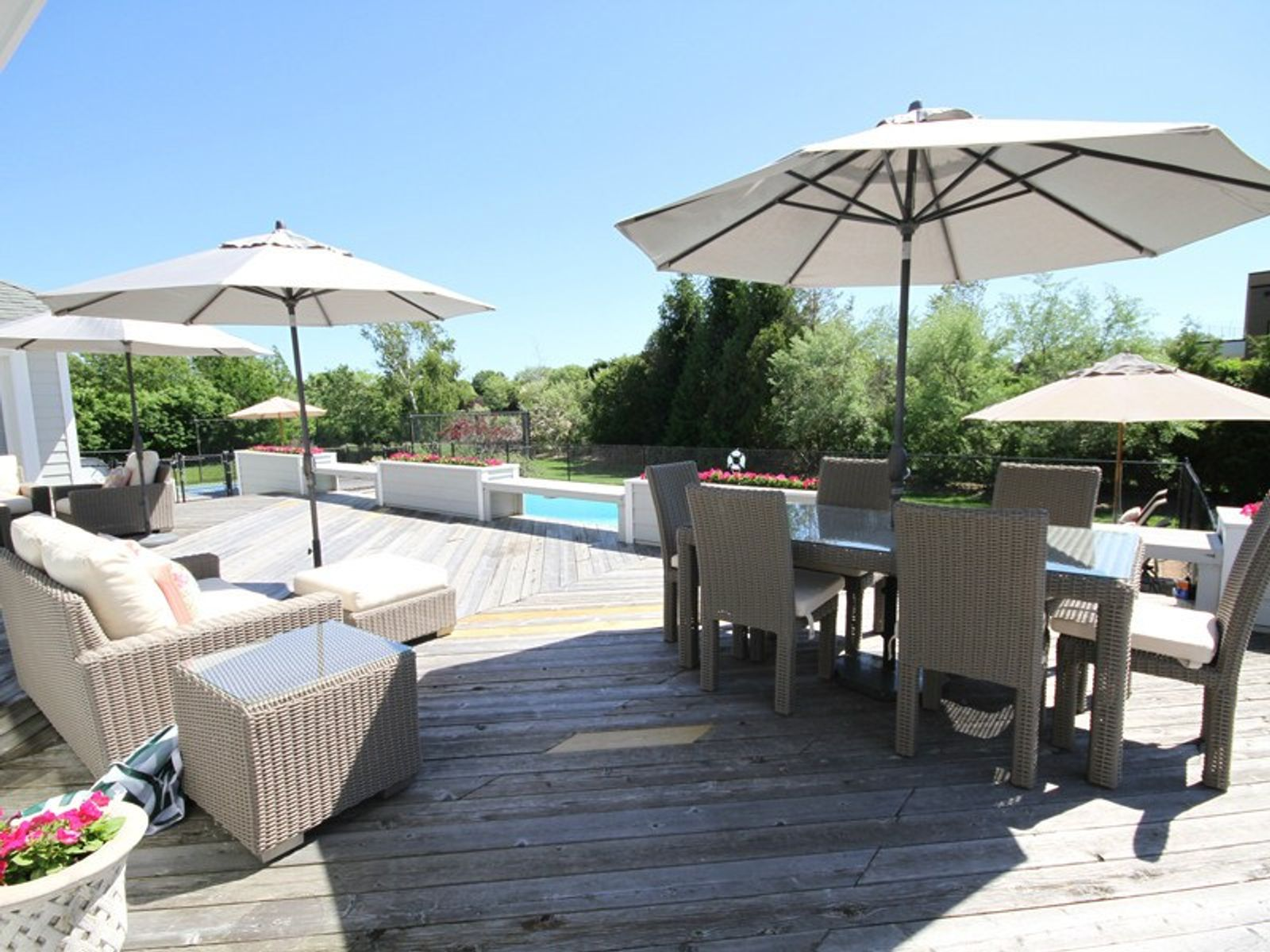 Water Mill South Home w/Pool and Tennis, Water Mill NY Single Family Home - Hamptons Real Estate