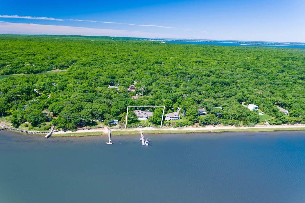 18 Three Mile Harbor Drive East Hampton, NY 11937