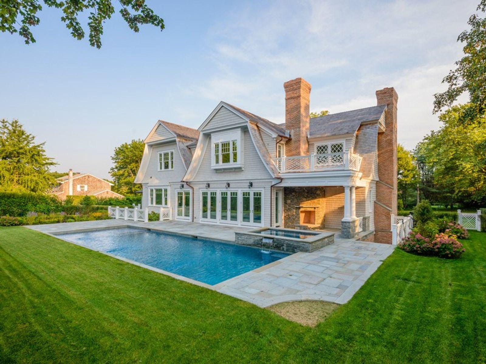 New Build - Southampton Village